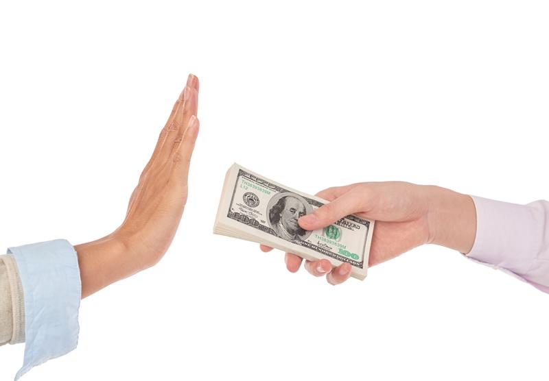 Vay tiền đứng có nhiều ưu điểm nhưng cũng chứa nhiều rủi ro