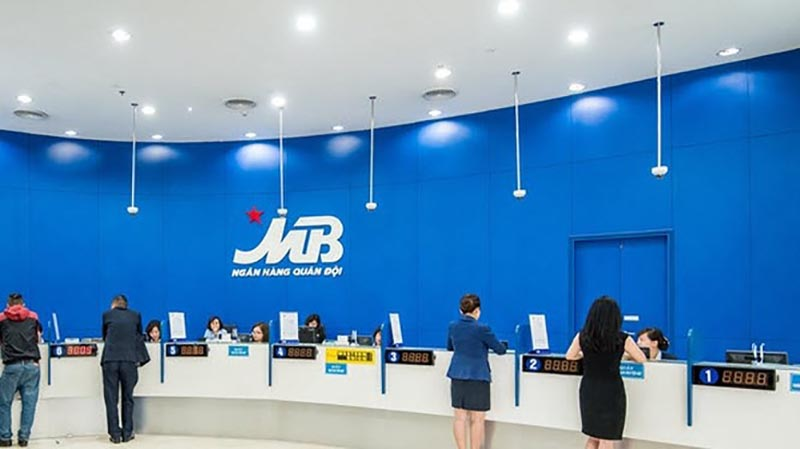 MB Bank đào tạo nhân viên đầy đủ chuyên môn hỗ trợ khách hàng tốt nhất