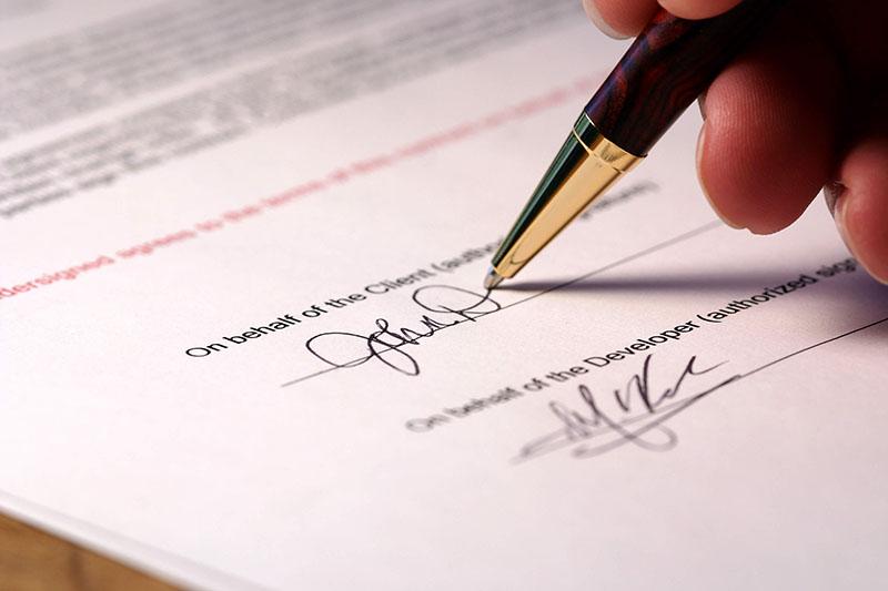 Mẫu hợp đồng vay tiền cá nhân hợp lệ khi có chữ ký xác nhận của 2 bên