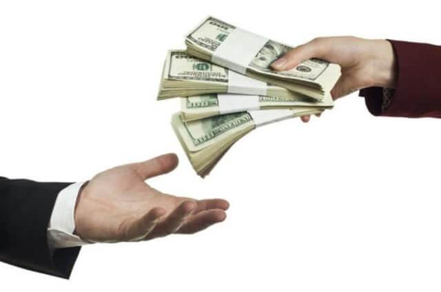 Vay tiền không trả phạm tội gì? Xử lý như thế nào?